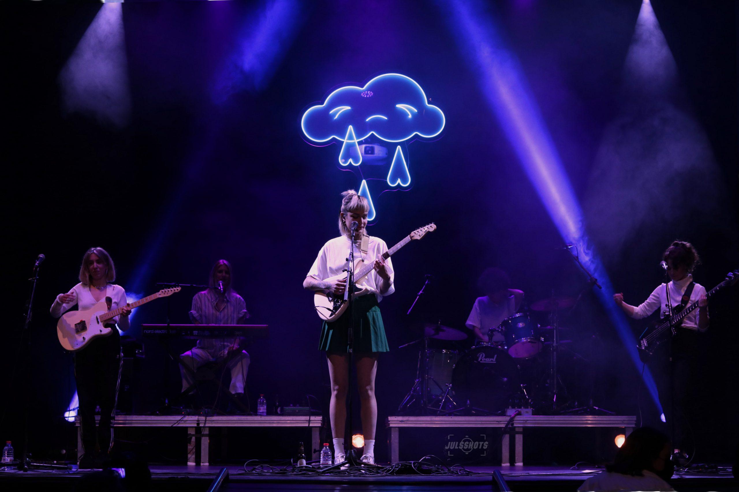 Natalia Lacunza | En las nubes